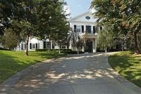 Vẻ đẹp hiện đại của biệt thự trắng giá hơn 580 tỷ đồng
